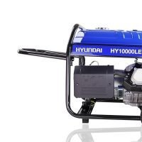 Hyundai HY10000LEK 2 8kW 10kVA Recoil & Electric Start Site Petrol Generator moving