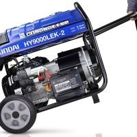 Hyundai HY9000LEK 2 7.5kW 9.4kVa Recoil & Electric Start Site Petrol Generator Moving
